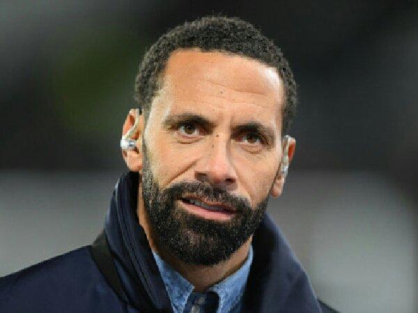 Rio Ferdinand sarankan MU untuk rekrut centre-back
