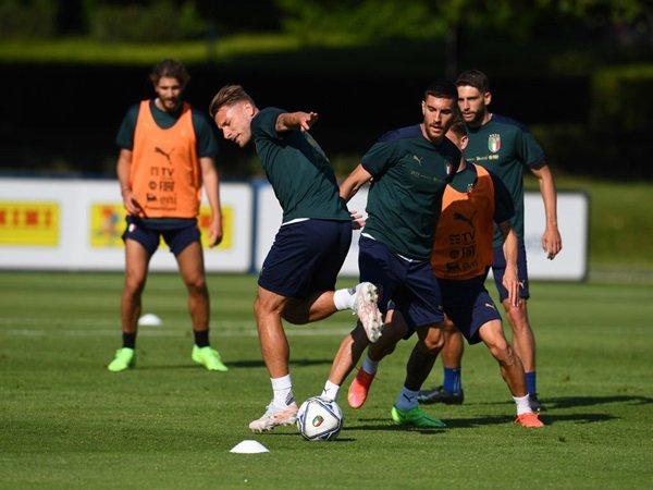 Mancini bandingkan Immobile dan Belotti
