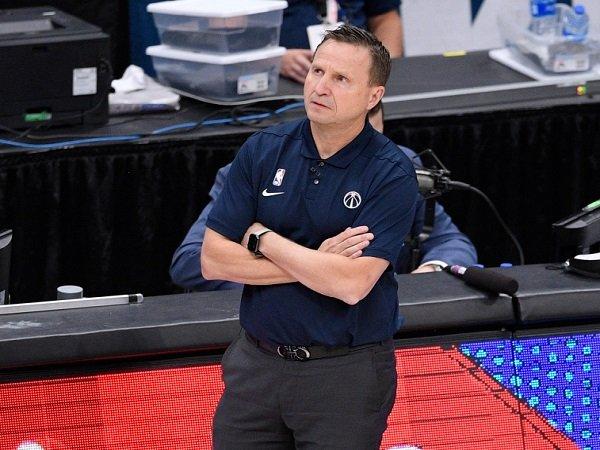 Washington Wizards akan lakukan evaluasi sebelum tentukan masa depan Scott Brooks.