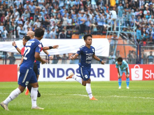 Bek PSIS Semarang, Fredyan Wahyu Sugiantoro