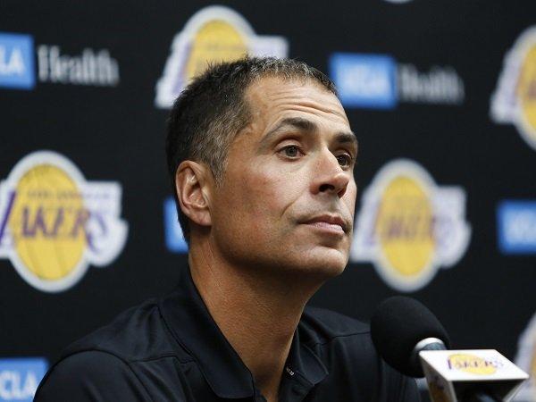 Rob Pelinka ingin pertahankan para pemain inti Lakers.