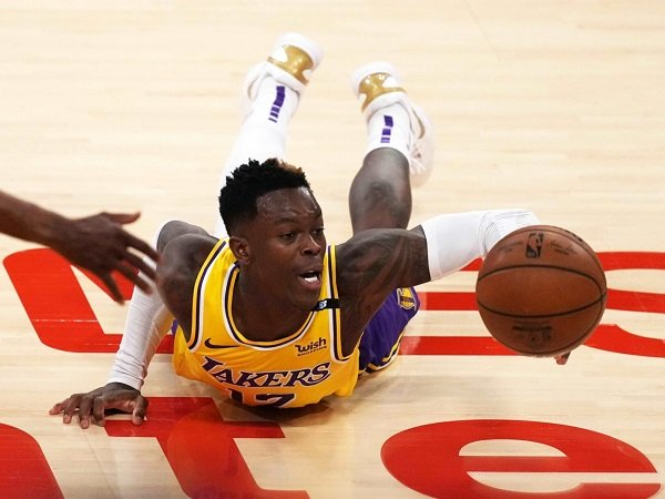 Los Angeles Lakers harus ambil keputusan bijak terkait masa depan Dennis Schroder.
