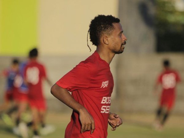 PSM Makassar datangkan Frisca Womsiwor