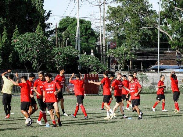 Latihan skuat Bali United