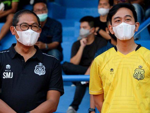 COO Bhayangkara FC, Kombes Pol Sumardji bersama Wali Kota Solo, Walikota Solo, Gibran Rakabuming Raka
