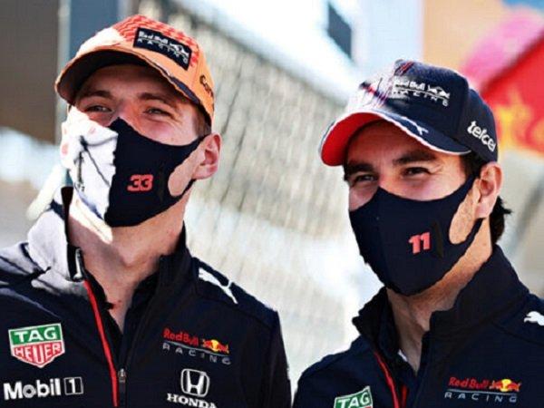 Max Verstappen bersama Sergio Perez.