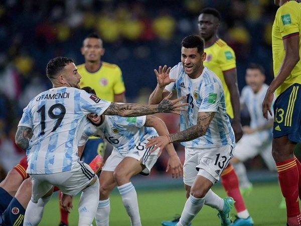 Argentina dan Uruguay lagi-lagi main imbang di kualifikasi Piala Dunia 2022.