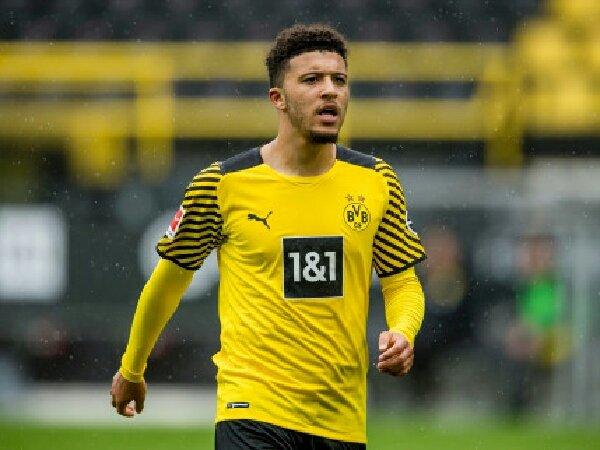 Borussia Dortmund telah tolak tawan pertama MU untuk Jadon Sancho