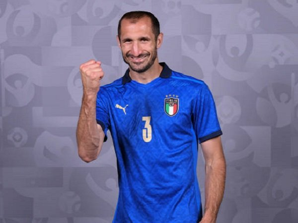 Giorgio Chiellini sebut Turki bisa kejutkan Italia.