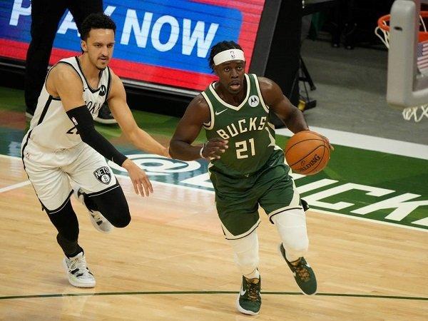 Jrue Holiday ungkap faktor utama yang buat Bucks bisa pukul mundur Nets di game 3.