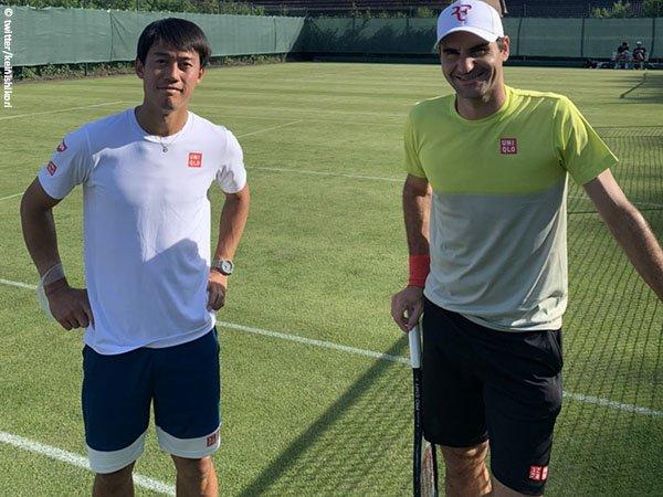Roger Federer [kanan] incar gelar Halle Open ke-11 dalam kariernya