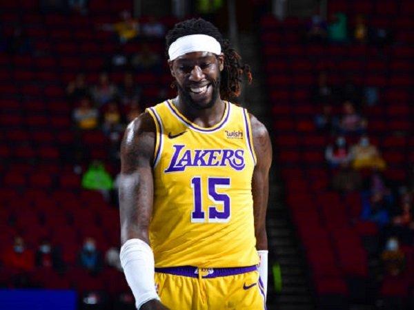 Montrezl Harrell beri ucapan terima kasih kepada organisasi Lakers.