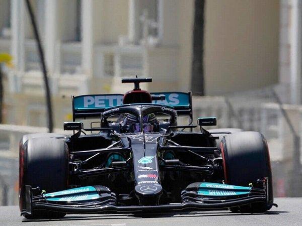 Mercedes Sebut Desain Sayap Mobil Disesuaikan dengan Kebutuhan Pebalap