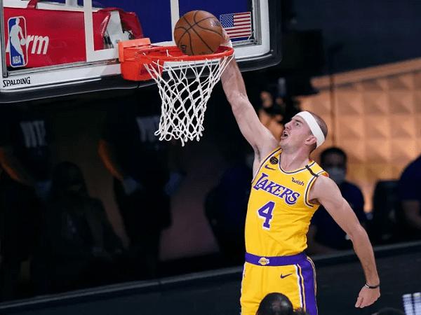 Cleveland Cavaliers tertarik rekrut Alex Caruso dari L.A Lakers.
