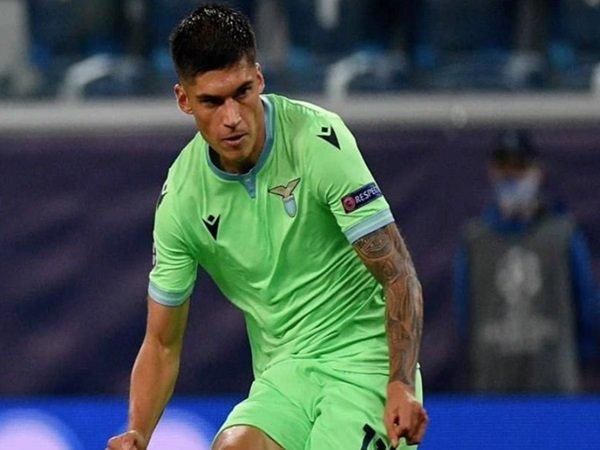 Arsenal mengajukan tawaran untuk Correa