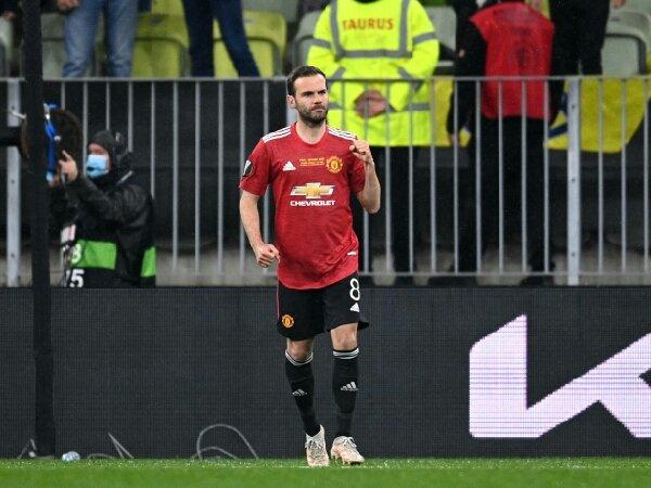 Juan Mata harus rela potong gaji jika ingin bertahan di MU