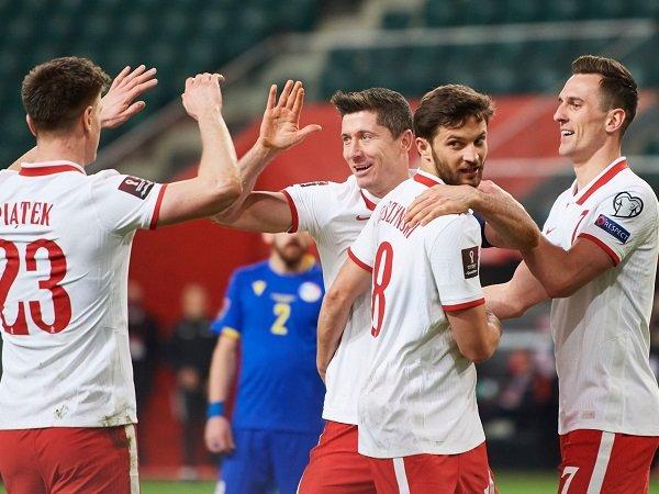 Polandia berhadapan dengan Slovakia dalam pertandingan pembuka Piala Eropa 2020.