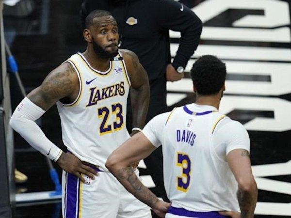 LeBron James dan Anthony Davis akan berperan penting dalam tentukan masa depan Lakers.