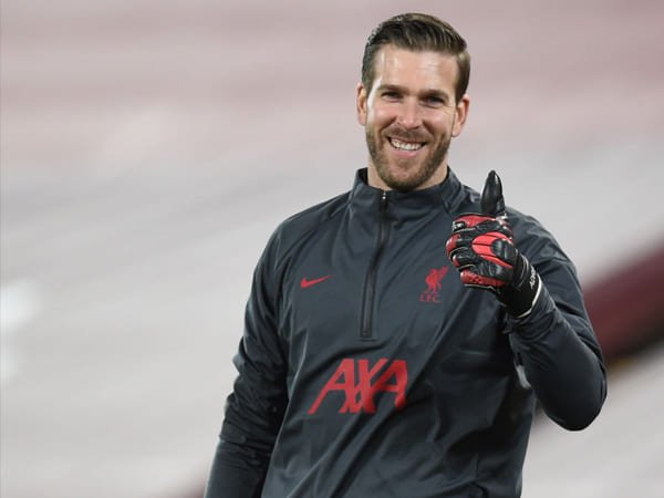 Liverpool Beri Adrian Kontrak Baru Berdurasi Dua Tahun