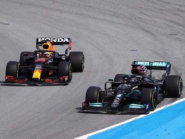 Red Bull, Mercedes, Max Verstappen, Lewis Hamilton