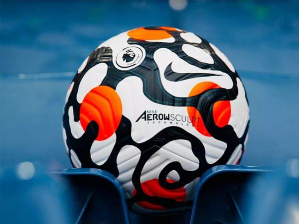 Liga Premier Perlihatkan Bola Baru untuk Musim Depan