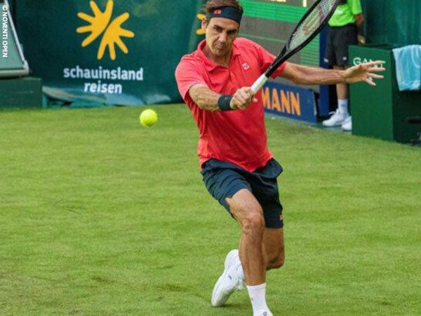Roger Federer melaju ke babak kedua Halle Open 2021