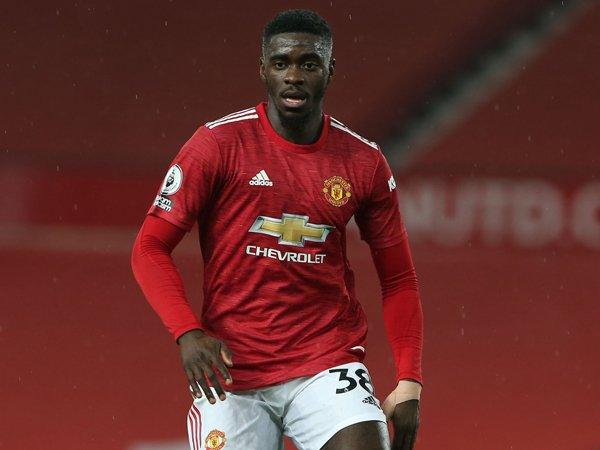 Bek Manchester United, Axel Tuanzebe.
