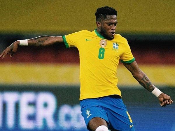 Fred jelaskan perbedaan perannya di MU dan di timnas Brasil