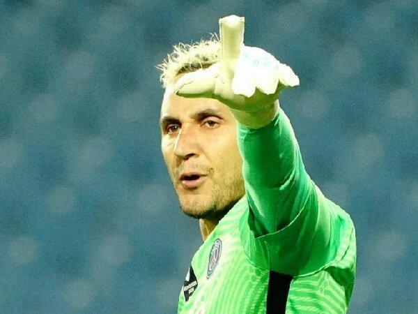 Manchester United dikaitkan dengan kiper PSG, Keylor Navas