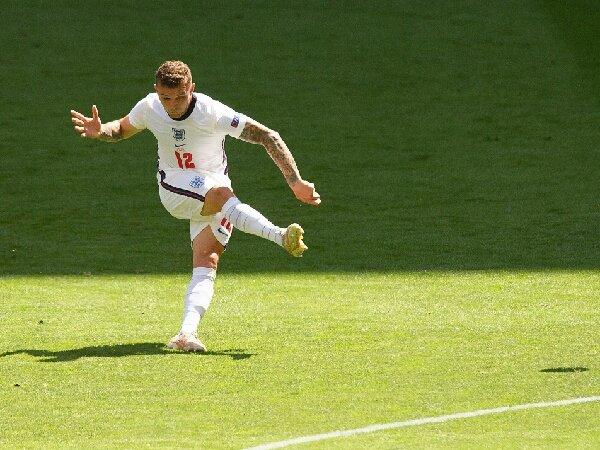Manchester United mundur dari perburuan Kieran Trippier