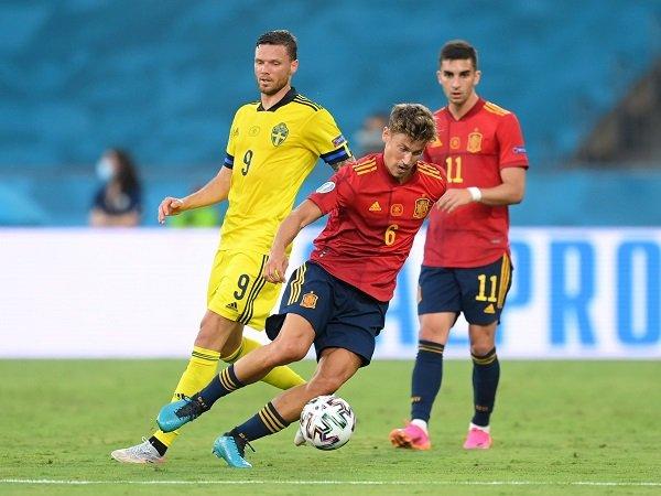 Spanyol mengincar kemenangan pertama ketika menghadapi Swedia.
