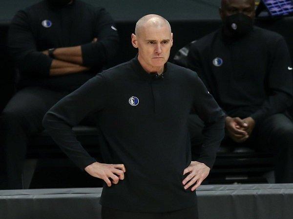 Rick Carlisle putuskan mundur dari jabatan pelatih Dallas Mavericks.