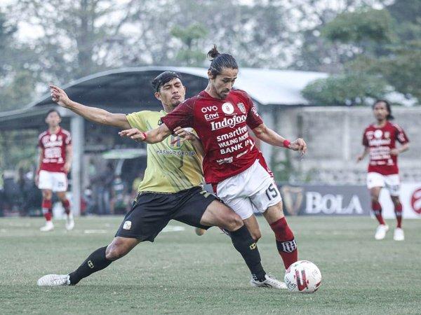 Laga uji coba Bali United kontra Barito Putera