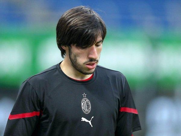 Gelandang muda Milan Sandro Tonali