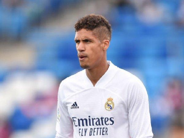 Real Madrid khawatirjika Raphael Varane sudah setuju gabung MU