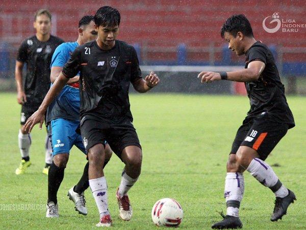 Laga uji coba Persik Kediri kontra tim Liga 3, Blitar Putra