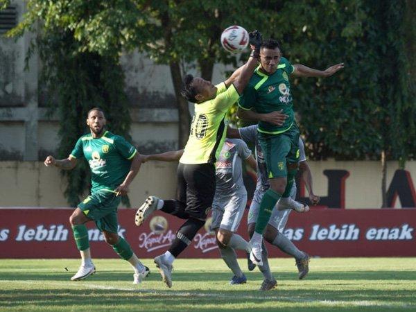 Wilkson cetak satu gol di laga uji coba Persebaya Surabaya kontra Hizbul Wathan FC