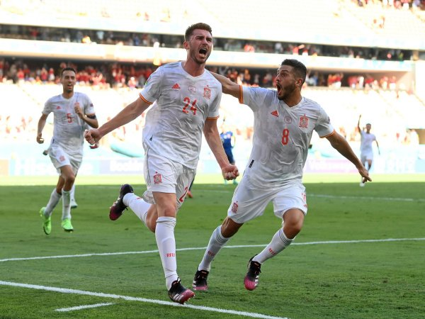 Spanyol meraih tiket lolos ke babak gugur Piala Eropa 2020.