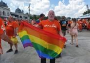 UEFA Bantah Larang Adanya Bendera Pelangi Dalam Laga Belanda vs Republik Ceko