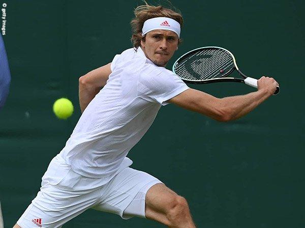Alexander Zverev jejakkan kaki di babak ketiga Wimbledon 2021
