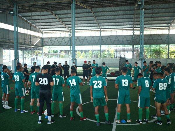 Persebaya Surabaya tetap berlatih meski kick off Liga 1 ditunda