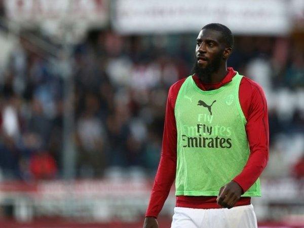Tiemoue Bakayoko dilaporkan menolak proposal kontrak baru dari Chelsea supaya bisa bergabung kembali dengan AC Milan musim panas ini / via Getty Images