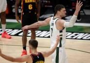 Brook Lopez Senang Bantu Bucks Mengalahkan Hawks