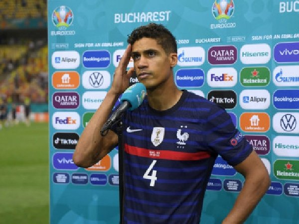 Frank Leboeuf pertanyakan keinginan Raphael Varane untuk gabung ke Manchester United