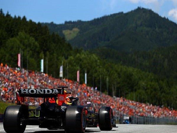 Hasil gemilang kembali dicatat Max Verstappen.