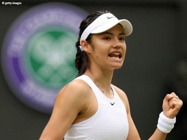Emma Raducanu tembus babak keempat Wimbledon 2021