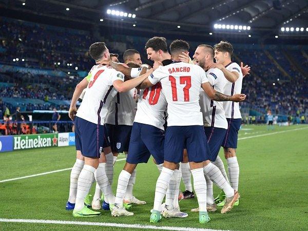 Inggris kalahkan Ukraina dengan skor 4-0.