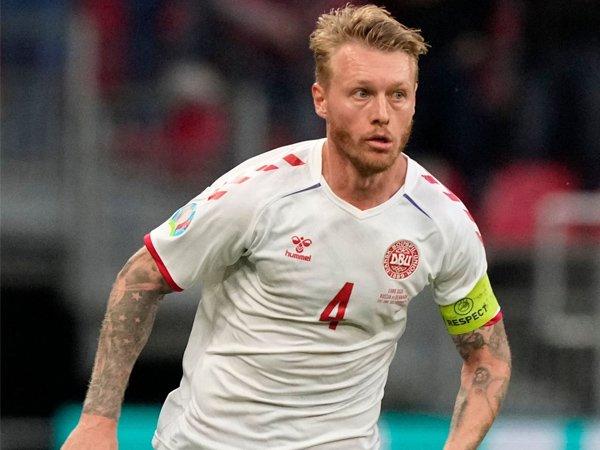 Kapten timnas Denmark, Simon Kjaer.