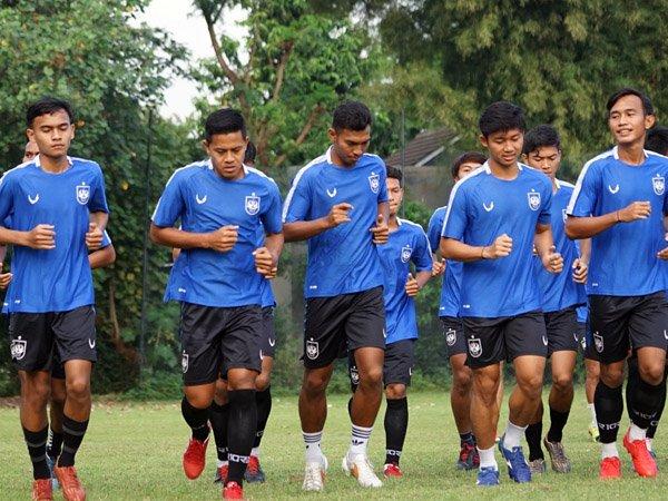 Latihan skuat PSIS Semarang sebelum diliburkan