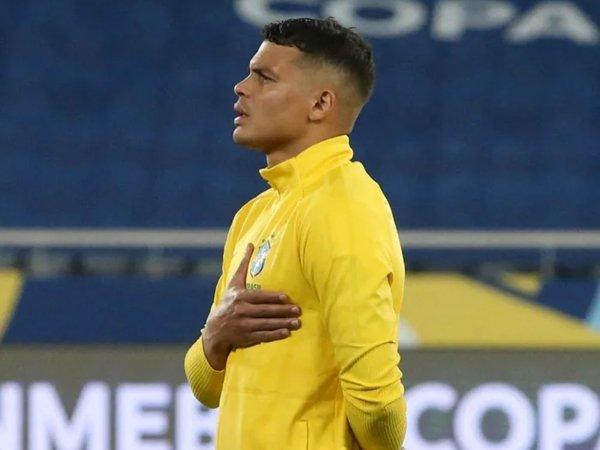 Thiago Silva (Sumber: PA Images)